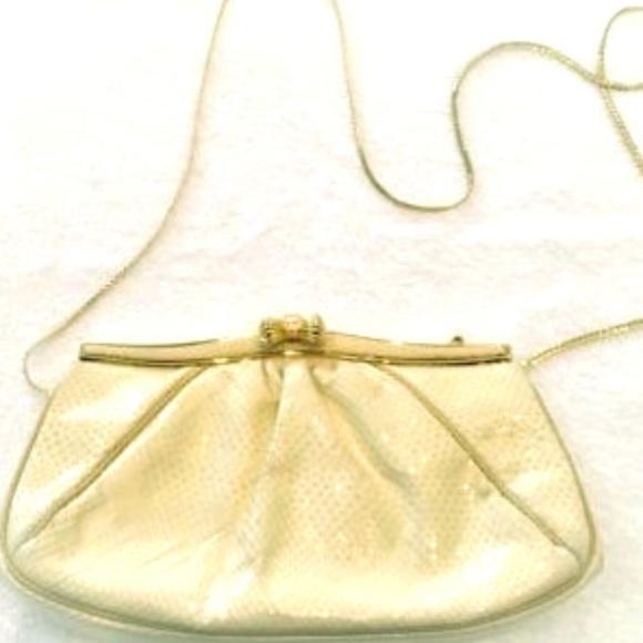 Judith Leiber Handbags - Auth Judith Leiber Ivory Clutch w Rose Quartz Bow